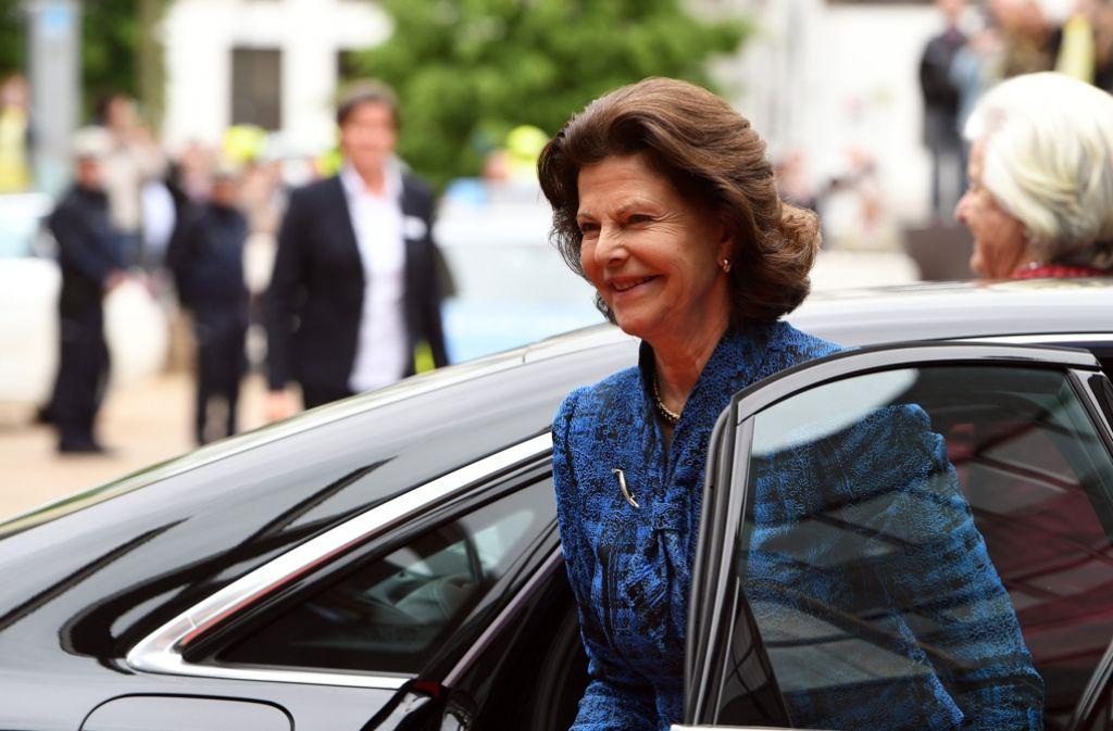 Königin Silvia von Schweden besucht Düsseldorf. In unserer Bildergalerie zeigen wir Bilder von ihrem Besuch. Foto: dpa