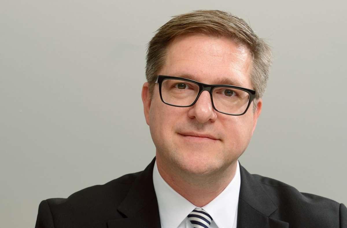 Menschen suchen in Krisenzeiten Informationen und Orientierung, sagt Professor Frank Brettschneider von der Universität Hohenheim. (Archivbild) Foto: picture alliance / dpa/Bernd Weissbrod