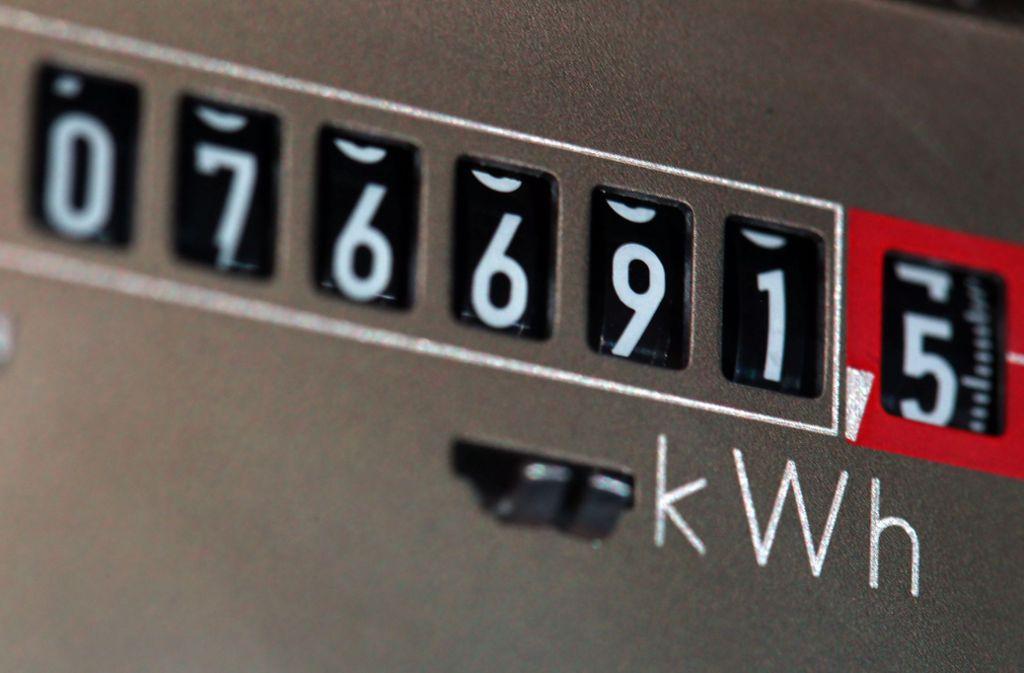 Strom wird für viele Kunden im kommenden Jahr teuer. Foto: dpa/Jens Büttner