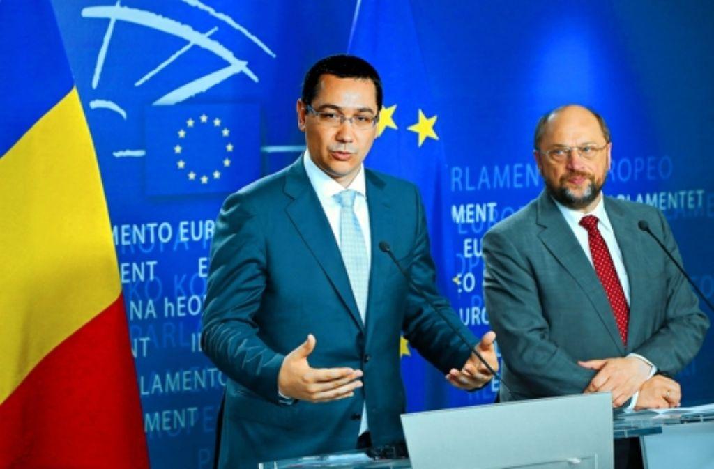 Kritik an Victor Ponta: Parlamentspräsident  Martin Schulz  (rechts) Foto: EPA