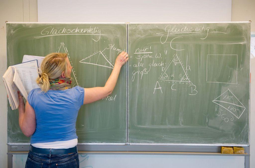 Die Grundlagen der Mathematik werden in der Schule gelegt. Foto: dpa