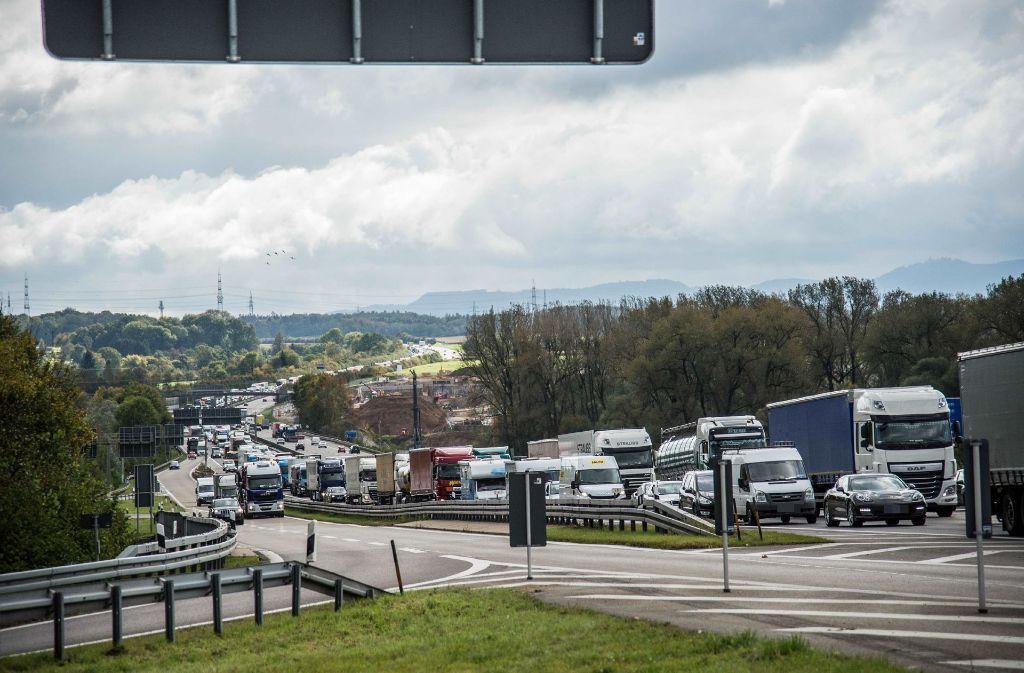 Auch die Anschlussstelle der A8 bei Wendlingen wird umgestaltet. Foto: SDMG
