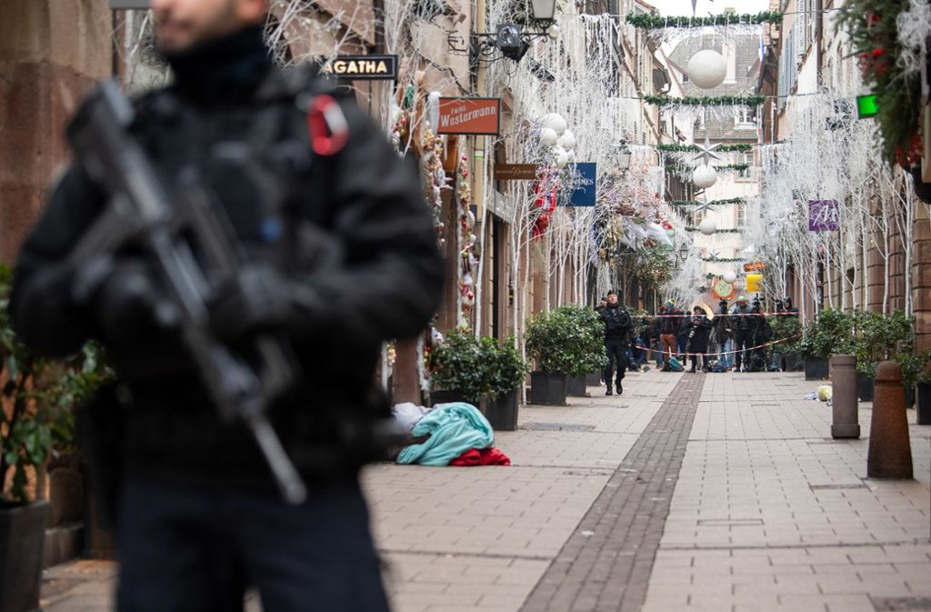 Nach dem Weihnachtsmarkt-Attentat in Straßburg wird weiter ermittelt. Foto: dpa