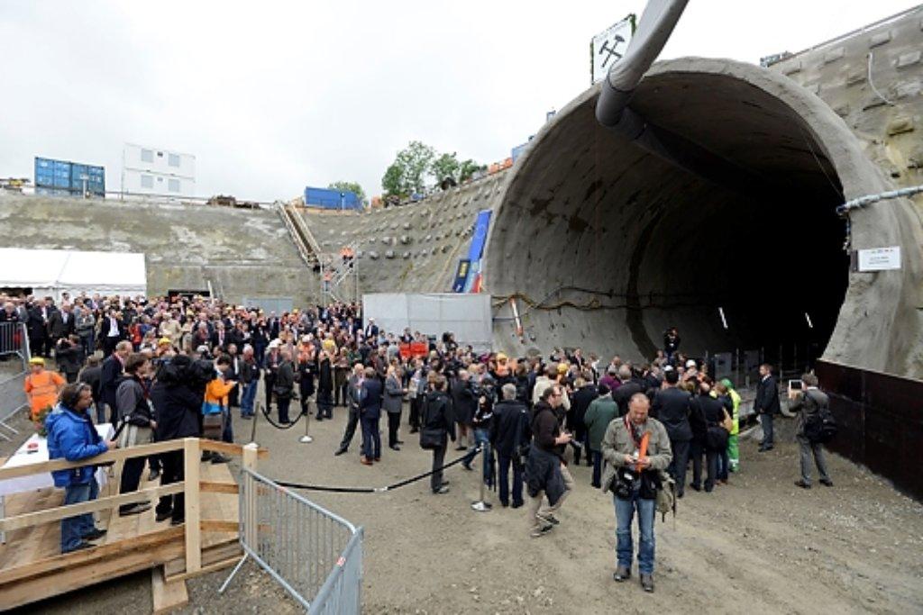 Bei der Diskussion soll es um den Abschnitt zwischen dem Fildertunnel und dem östlichen Ende des Flughafenareals, die Anbindung des Flughafens sowie den Bau einer Verbindungskurve beim Stadtteil Rohr gehen. Das Bild zeigt den Fildertunnel. Foto: www.7aktuell.de | Oskar Eyb