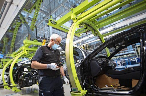 Fehlende Bauteile bremsen Autobauer aus