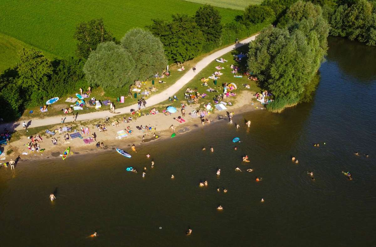 An den Aileswasensee in Neckartailfingen durften dieses Jahr nicht mehr als 1000 Besucher pro Tag. Foto: 7aktuell/Daniel Jüptner