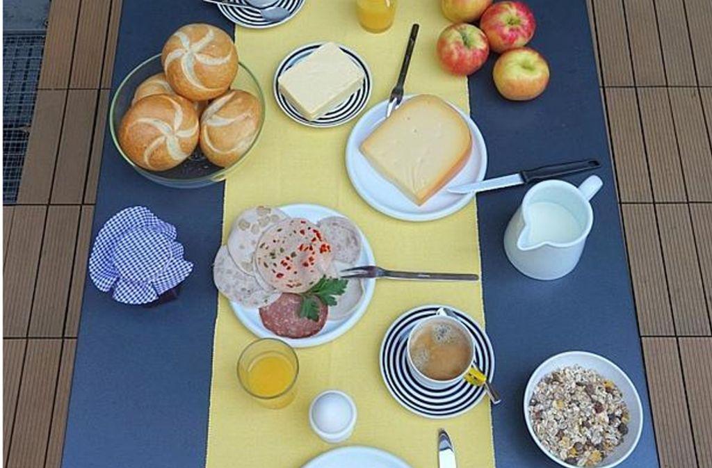 Die Inflation beginnt am Frühstückstisch, wie ein Test mit elf Lebensmitteln zeigt. Im Vorjahresvergleich ist das Frühstück um rund 5,2 Prozent teuerer geworden. Foto: Dähne