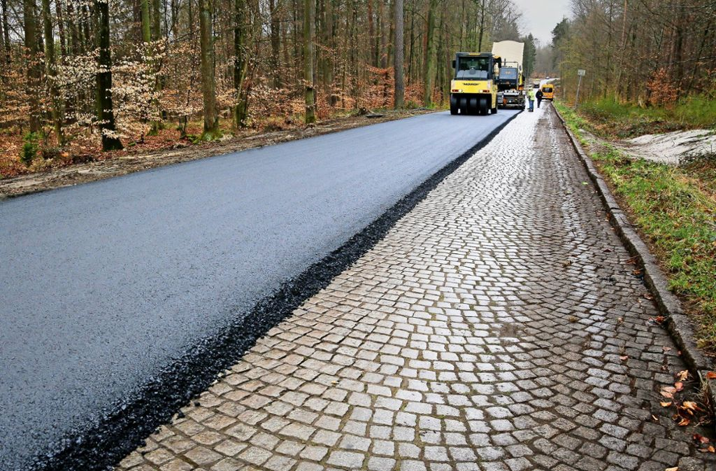 Komfort für die Radfahrer: Die Römerstraße durch den Wald zwischen Stuttgart und Böblingen wird asphaltiert. Foto: factum/Granville