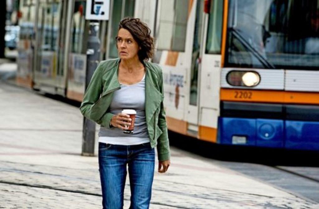 """Gar nicht gut drauf ist  Lena Odenthal (Ulrike Folkerts) in  """"Blackout"""": Die sonst so toughe Ermittlerin stellt  ihren Job infrage. Foto:"""