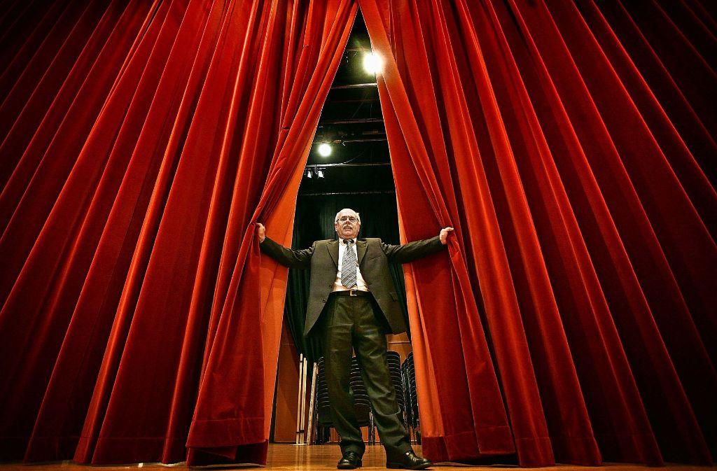 Vor sechs Jahren verabschiedete sich der Stadthallen-Manager Günther Philippi in den Ruhestand. Seither ist der Posten vakant. Foto: factum/Archiv
