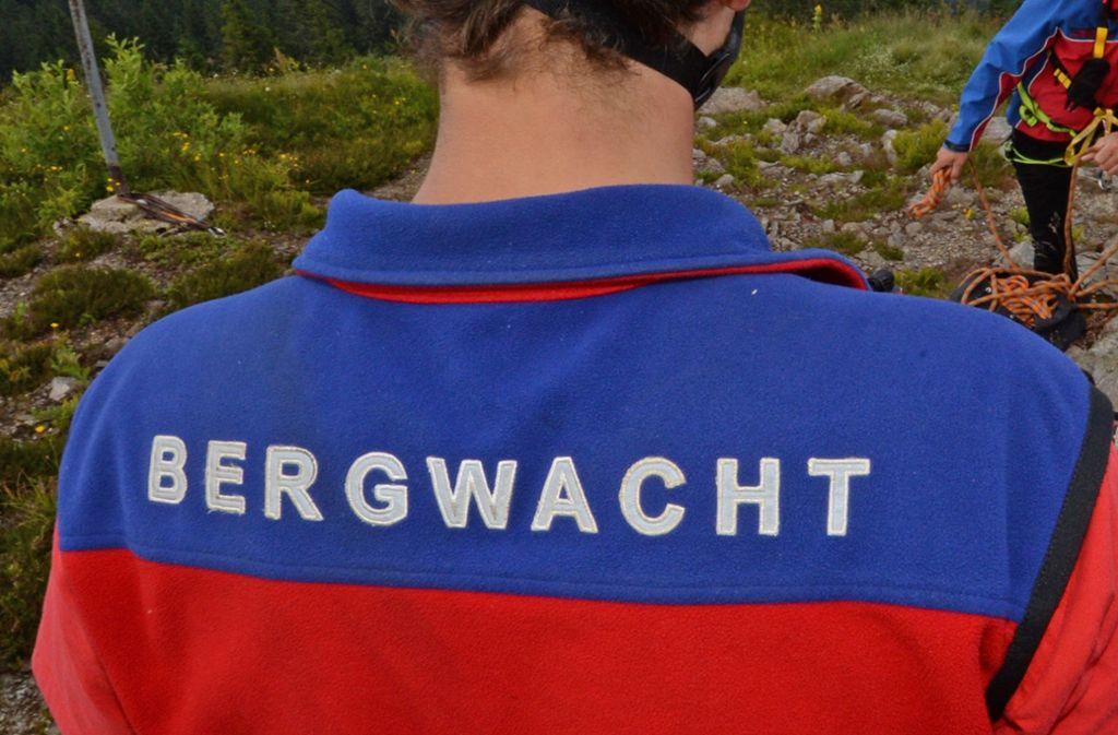Die Bergwacht befreite zwei Frauen aus einer misslichen Lage. (Symbolbild) Foto: dpa/Patrick Seeger