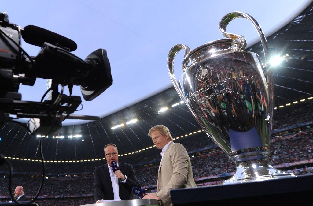 Das ZDF mit seinem Experten-Duo Oliver Welke und Oliver Kahn ist nicht bereit, für die Champions League noch tiefer in die Tasche zu greifen. Foto: dpa