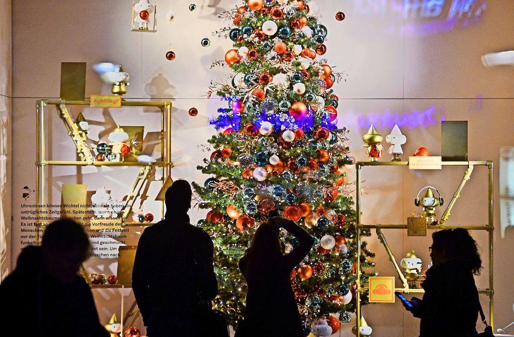 Auch in der Adventszeit bleibt sonntags nur der Blick von außen. Foto: dpa