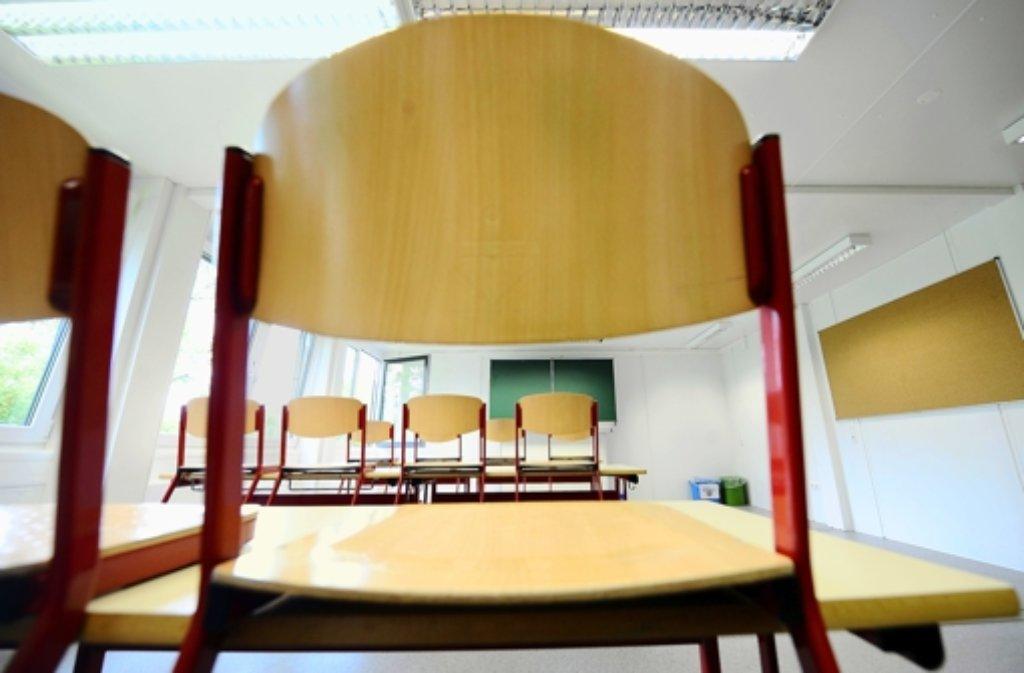 Gerüchte um einen Amoklauf an einer Schule in Ettlingen haben die Polizei auf den Plan gerufen. (Symbolfoto) Foto: dpa