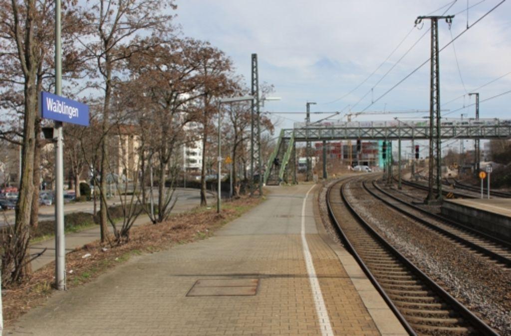Der Bahnhofumbau in Waiblingen wird es wohl nicht ins Förderprogramm schaffen – weil ihn  zu viele Fahrgäste nutzen. Foto: Pascal Thiel