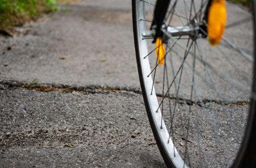 Autofahrer übersehen Fahrradfahrer – zwei Verletzte