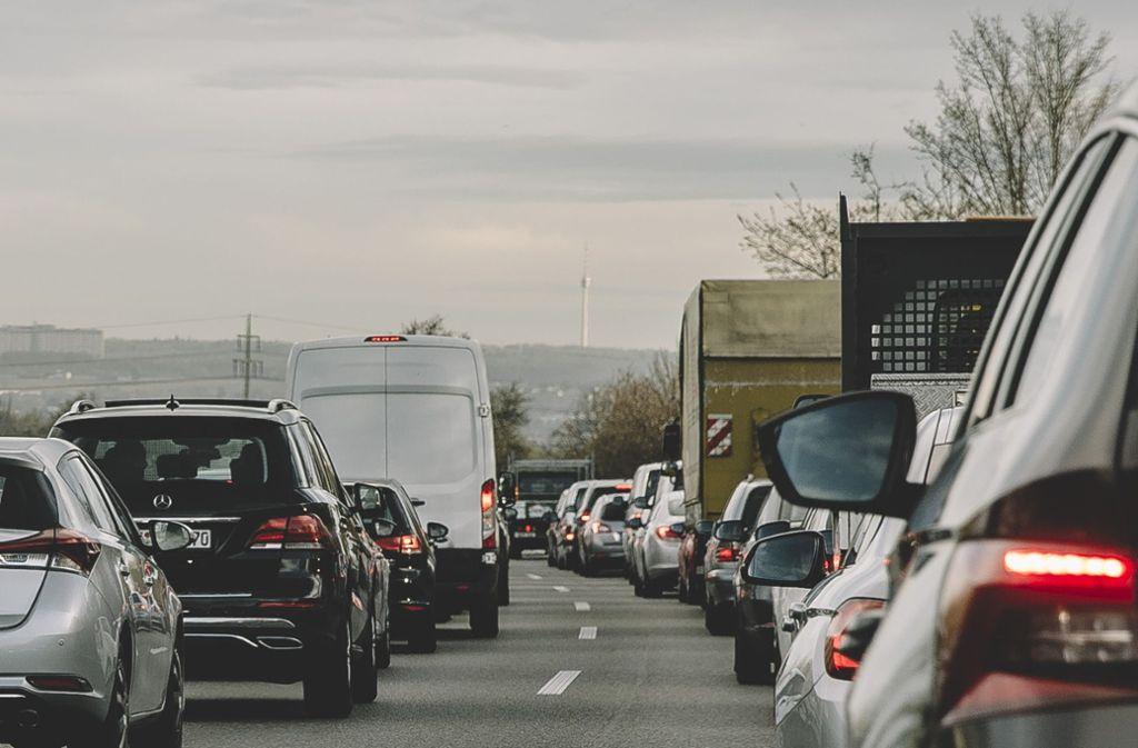 """""""Fahrverbote sind ein wirksames Mittel"""", sagt Mobilitätsforscher Wolfgang Gruel im Interview. Foto: Lichtgut/Leif Piechowski"""