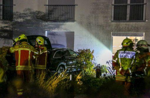 Auto kracht in Altenheim - Bewohnerin verletzt