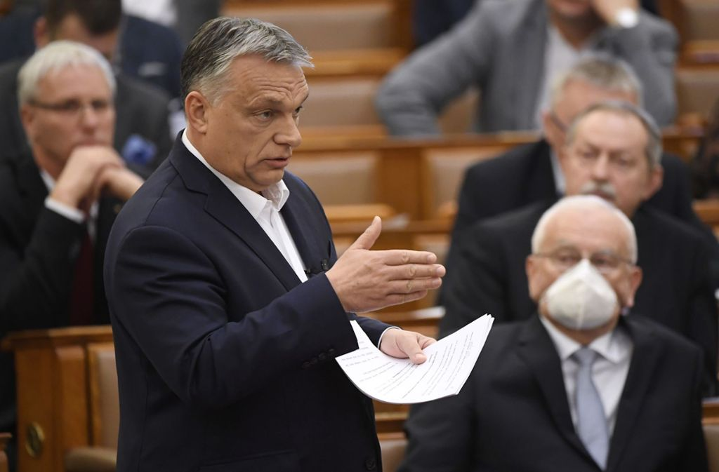 Ungarns Präsident Viktor Orban bei seiner Rede vor dem Parlament. Foto: dpa/Tamas Kovacs