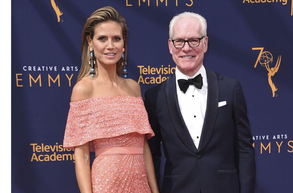 """Heidi Klum (46) und der US-Modeberater Tim Gunn (66) gehen  gemeinsam auf Sendung: innerhalb der Amazon-Serie """"Making the Cut"""" wollen sie Modedesignern aus aller Welt den internationalen Durchbruch verschaffen. Foto: dpa/Richard Shotwell"""