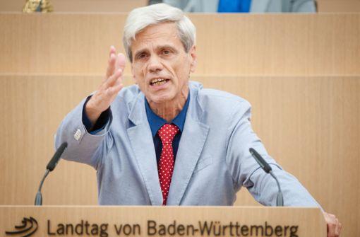 AfD-Politiker Wolfgang Gedeon wehrt sich vor Gericht