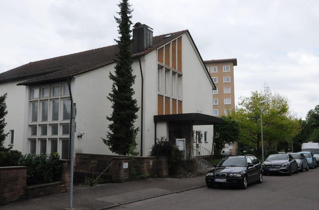 Die neuapostolische Kirche in Wangen soll einem Caritas-Projekt  weichen. Foto: Linsenmann
