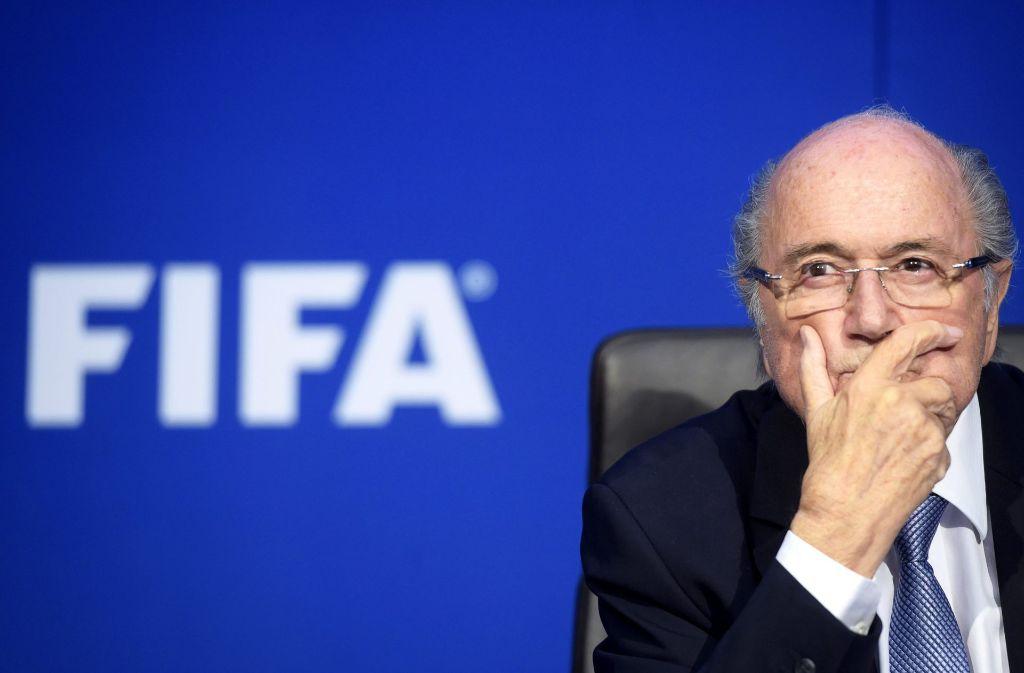 Au Backe: Die FIFA? Korrupt? Sepp Blatter kann es nicht fassen. Foto: