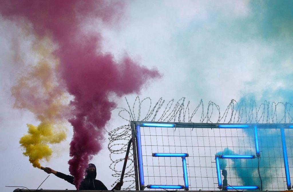 Bei den Ausschreitungen am Rande des G20-Gipfels sind offenbar Schäden in Höhe von bis zu zwölf Millionen Euro entstanden. Foto: dpa