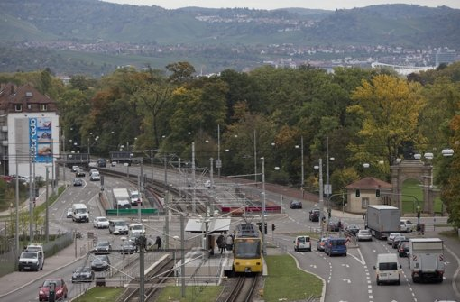 Der Rosensteintunnel soll eine unterirdische Verbindung vom Löwentor hinunter ins Neckartal schaffen. Foto: Michael Steinert