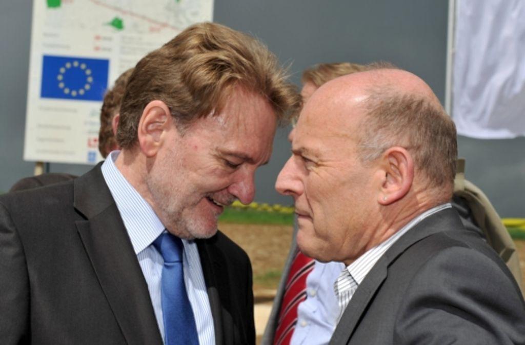 Landesverkehrsminister Winfried Hermann (rechts) und Foto: dpa