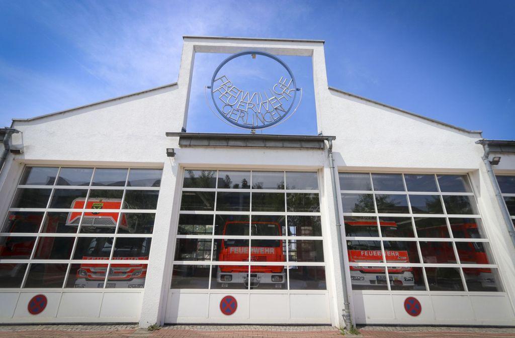 Das Gerlinger Feuerwehrhaus ist im Lauf der Jahre zu klein geworden. Foto: factum/Granville