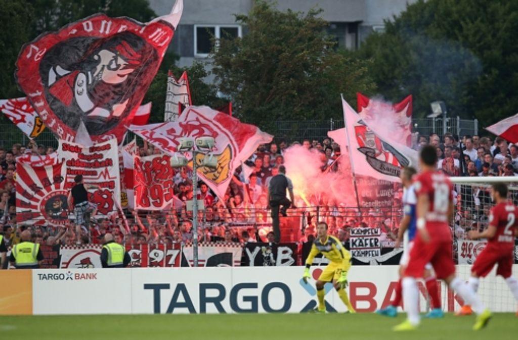 In der ersten Runde des DFB-Pokals besiegte der VfB Holstein Kiel mit 2:1. Foto: Pressefoto Baumann