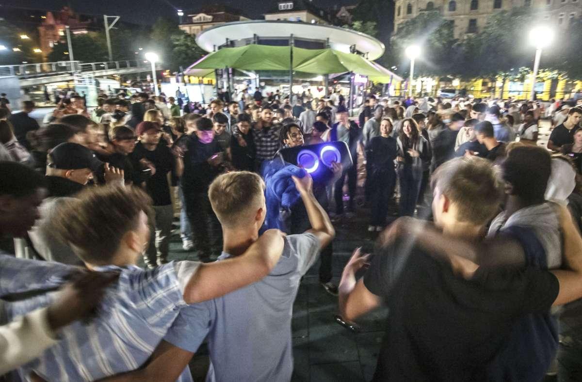 Anwohner sind gestresst von den Partys am Platz. Foto: Lichtgut/Julian Rettig
