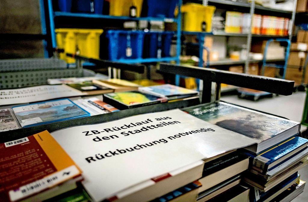 Eine halbe Millionen Medien werden jährlich von der Stadtbibliothek transportiert. Foto: Lichtgut/Max Kovalenko