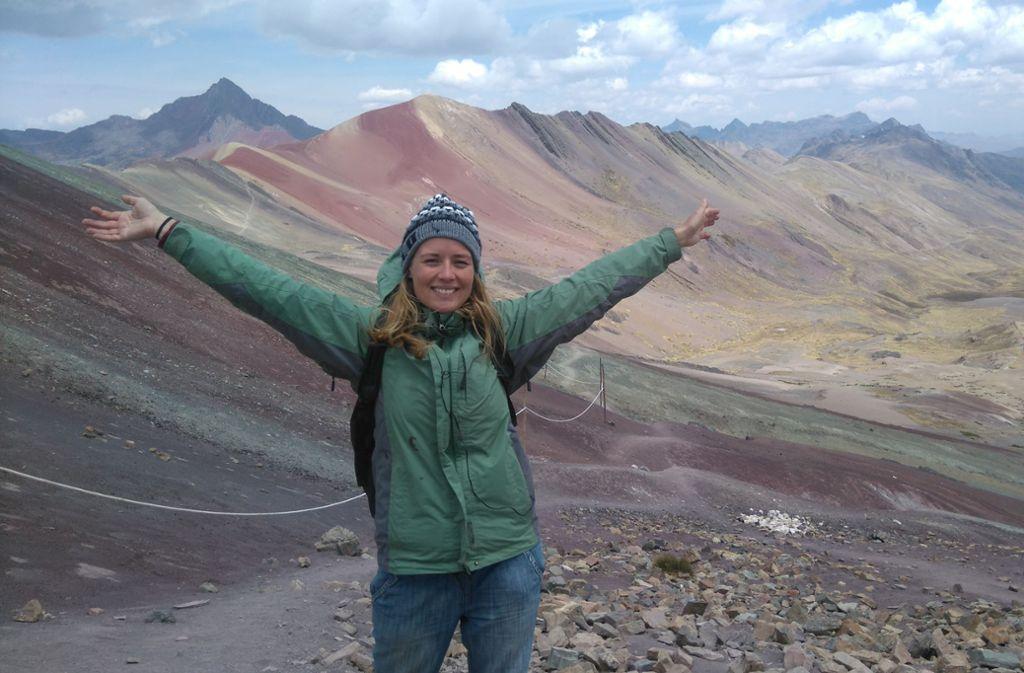 Bevor Laura krank wurde, war sie sehr sportlich, aktiv und viel auf Reisen – wie hier in Peru. Foto: privat