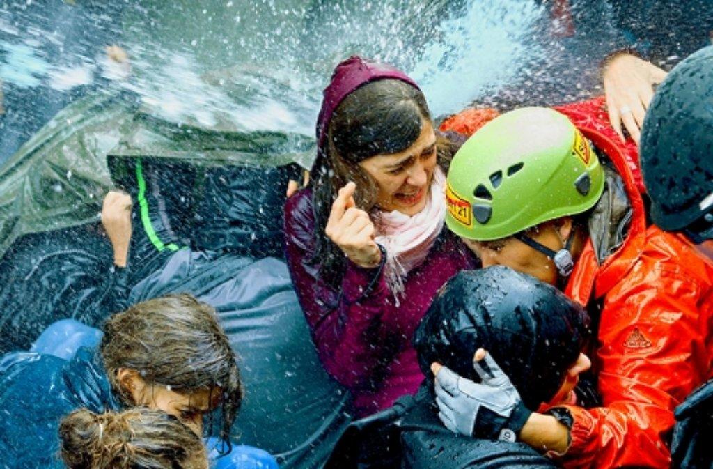 Viele Menschen wurden beim Einsatz der Wasserwerfer am 30. September 2010 verletzt. Foto: dpa