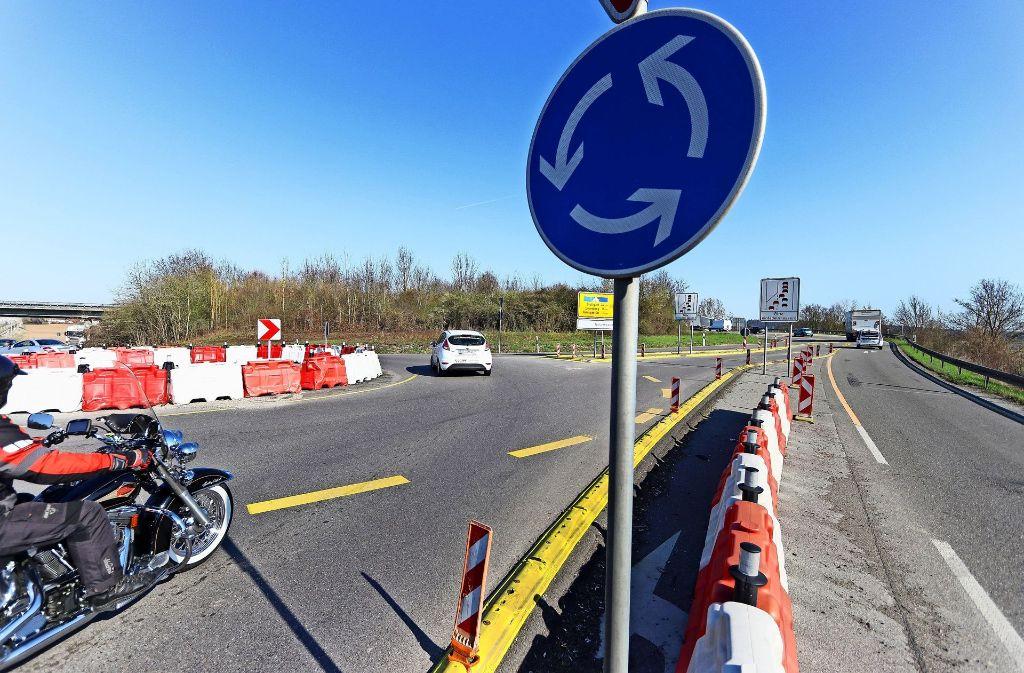Erst der Ausbau der Autobahn zwischen Böblingen und Stuttgart, dann erst der Lückenschluss. So will es die Regierung.Foto: factum/Granville Foto:
