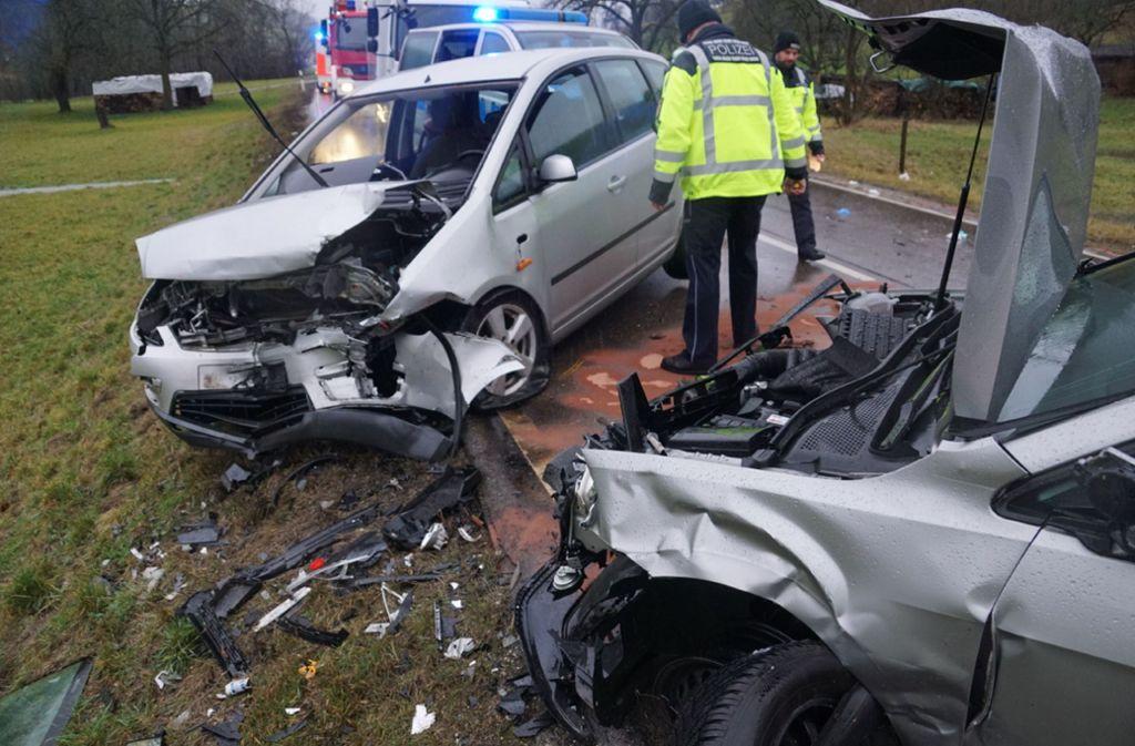 Der Unfall ereignete sich auf der B466 zwischen Donzdorf und Lauterstein. Foto: SDMG/Woelfl