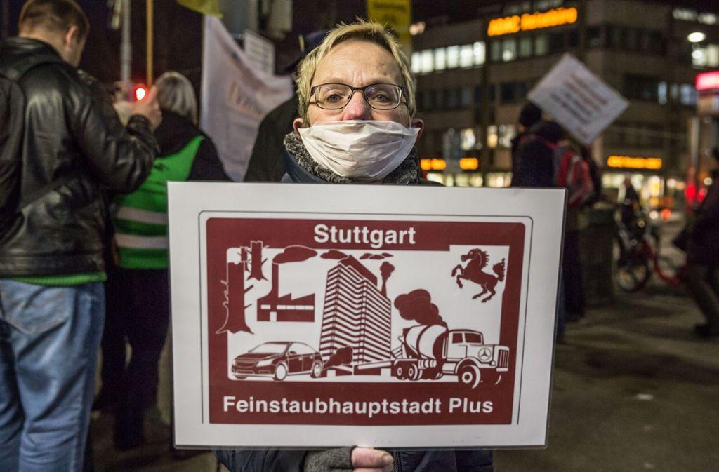 An der Messstelle Neckartor wurde in diesem Jahr erneut gegen die Schadstoffbelastung demonstriert. Foto: Lichtgut/Julian Rettig