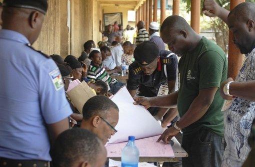 Beobachter warnen vor Wahlbetrug