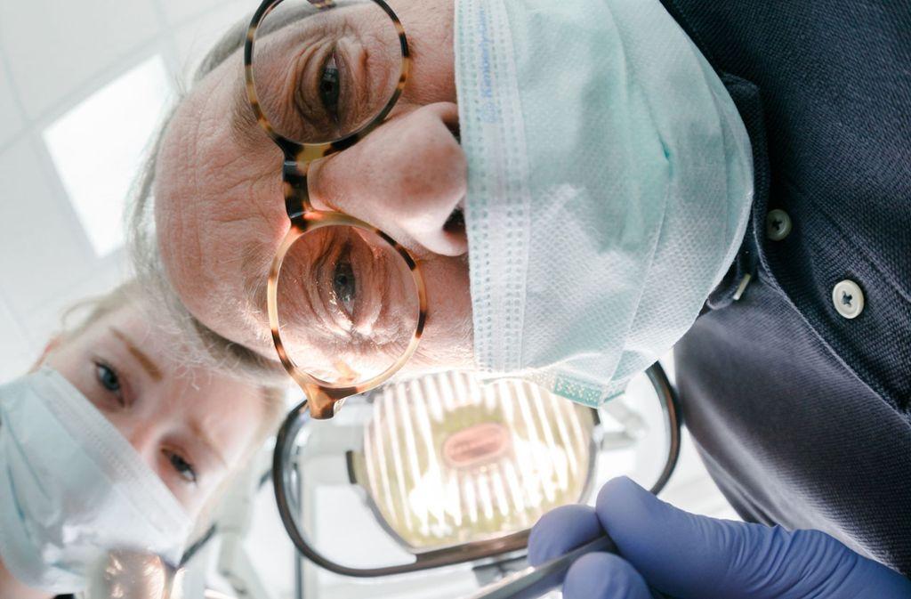 Karies, Pulpitis, apikale Ostitis, Gangrän, atypische Zahnschmerzen: Schon beim Hören dieser zahnärztlichen Fachbegriffe meint man  Zahnweh zu spüren. Foto: dpa