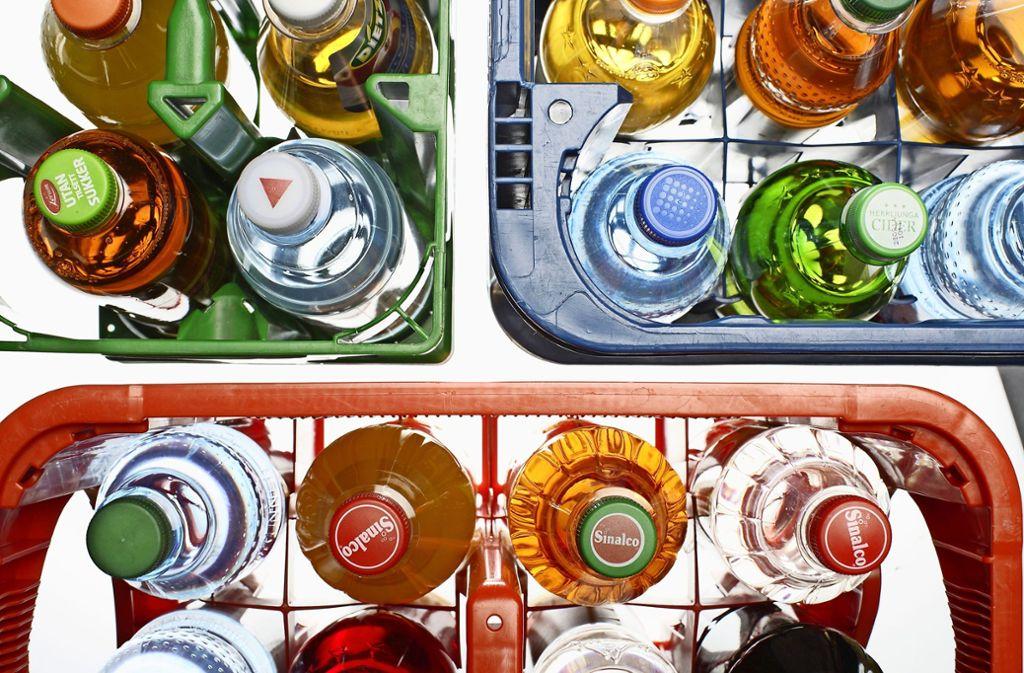 Über Getränke hätten sich die Wahlhelfer am Sonntagabend gefreut. Foto: Mauritius