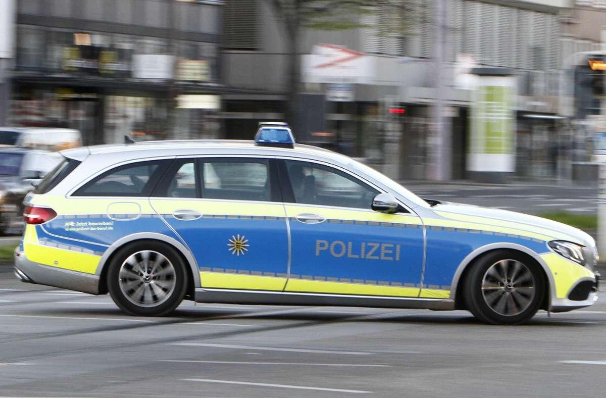 Die Polizei geht davon aus, dass der 35-Jährige, der in seiner Wohnung in Mannheim gefunden worden war, einem Gewaltverbrechen zum Opfer gefallen ist (Symbolfoto). Foto: imago images/Ralph Peters via www.imago-images.de
