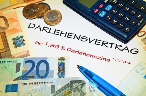 Variable Zinsen gibt es bei vielen Krediten, etwa auf dem Girokonto. Foto: dpa