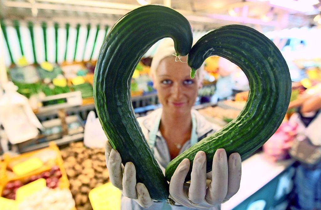 Gemüse, das nicht den gängigen Ansprüchen an Form oder Grüße  entspricht, landet  selten im Laden. Studenten haben ein Konzept entwickelt, damit es nicht im Mülleimer landet. Foto: dpa