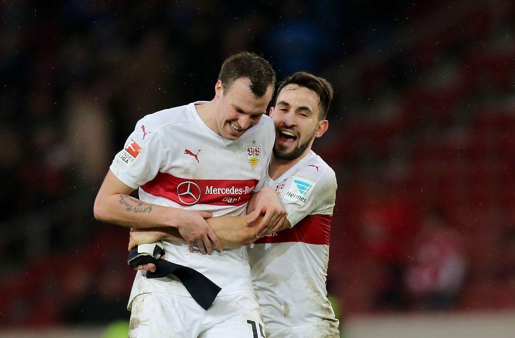 Ziemlich beste Freunde, hier noch beide im Trikot des VfB Stuttgart: Kevin Großkreutz (links) und Lukas Rupp. Foto: Pressefoto Baumann