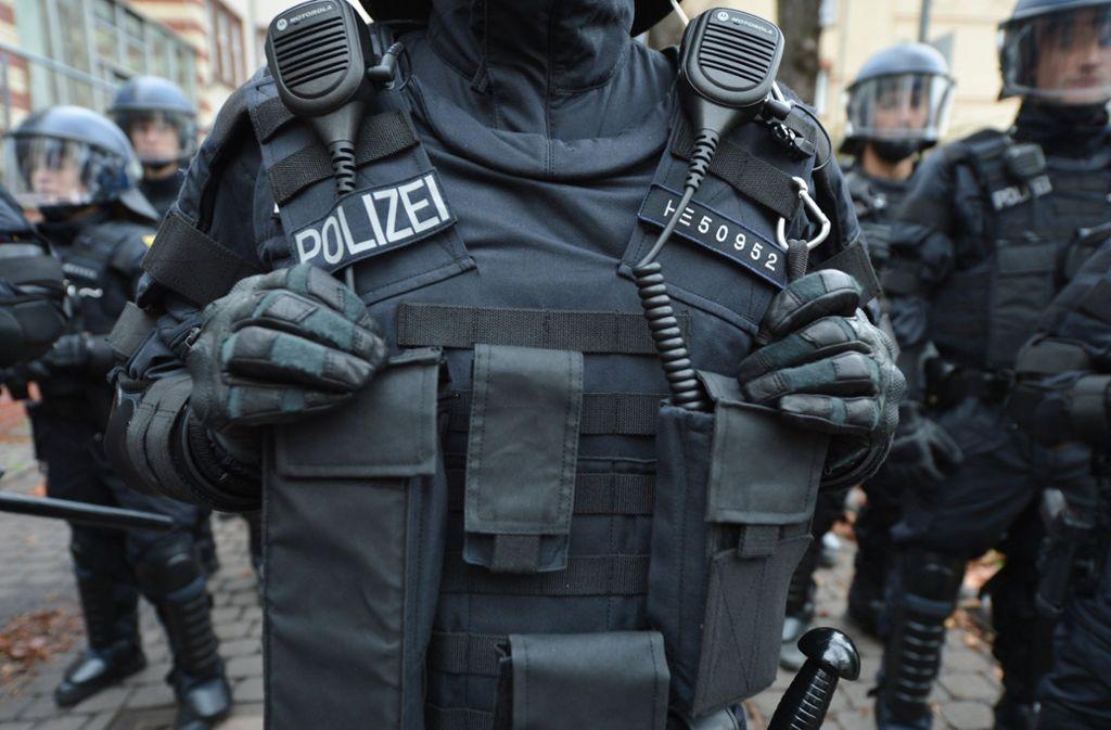 Polizei in Chemnitz: Hegen zu viele Beamte Sympathien für die Rechten? Foto: dpa