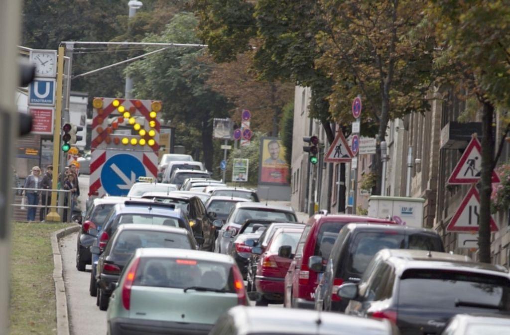 Straßenverkehrslärm kann krank machen. Foto: Steinert