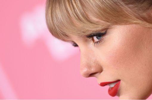 Taylor Swift prangert an