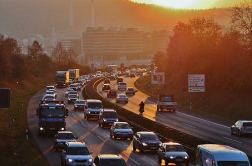 Auffahrunfall bei Fellbach sorgt für Chaos im Berufsverkehr